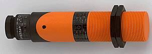 IFM inductieve sensor, schroefdraad kunststof, M30 x 1,5, DC PNP/NPN, aansluitklemmen, schakelafstand 10 mm [b]